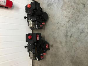 2 moteurs Tecumseh 8HP