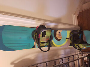 2016 Burton Custom Flying-V 160 with Cartel EST Camo Bindings