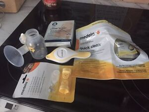 Medela harmony manual breast pump and accessories