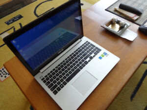 """ASUS VivoBook 15""""/i7-1.8GHz/500GB SSD HDD/8GB RAM for sale"""