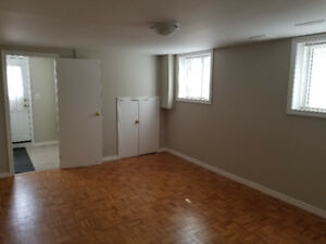 2 Bedroom Basement Apartment Rental (walk out Basement )AUG 1