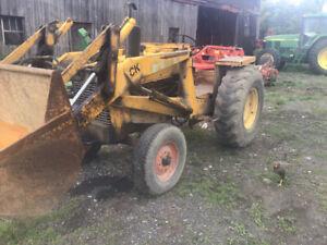 Tracteur loader  industriel case CK 530