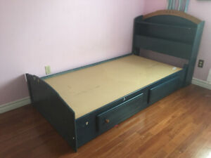 FREE Kids Twin size Bed with Headboard (solid wood, good shape)