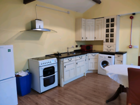 Two bed room flat for share