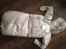 NWT baby snow coat 6-9 mths