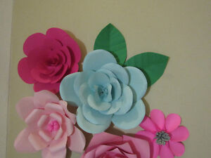 Wedding decoration- giant paper flowers Kitchener / Waterloo Kitchener Area image 3