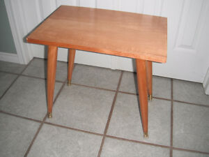 Childs sz Wood Table