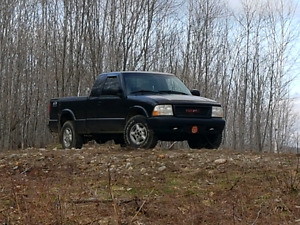 1999 GMC sonoma  PRICE  BEEN REDUCED