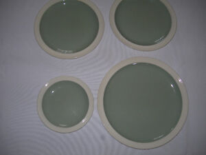 Wedgwood - Green & White Dishes - 4 pieces