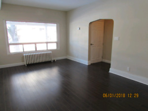 Newly renovated 2 Bed + den in great Neighbourhood- $1375
