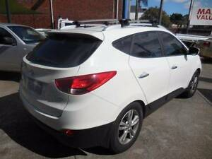 Wanted: 2012 HYUNDAI ELITE AWD  IX35 FAMILY WAGON ( BARGAIN )
