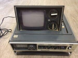 Panasonic tr-535c tv radio combo