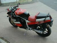 SUZUKI GSXR 750 SLAB SIDE 1986 BLACK / RED VERY NICE