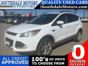 2016 FORD ESCAPE SE * AWD * LEATHER * REAR CAM * PANORAMIC SUNRO