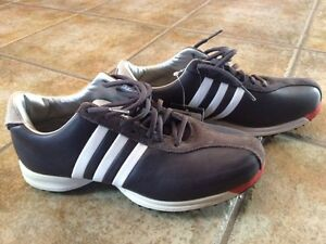 BRAND NEW golf shoes
