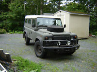 Military Land Rover Defender 110