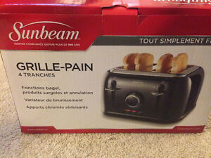 Sunbeam 4 slice capacity Toaster.