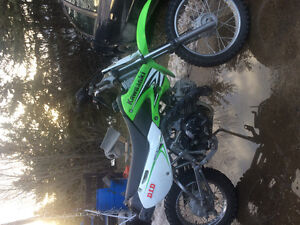 Like new klx 110cc (kids dirt bike)