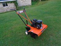 Rotoculteur AMF moteur 3.5 hp en excellente condition.