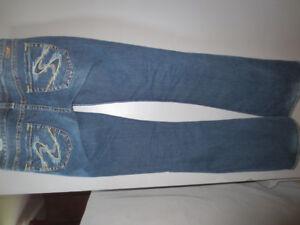 jeans et manteau