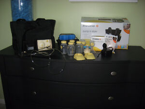 Medela Pump in Style Breastpump Slouch Bag