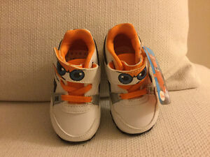 Reebok Disney baby shoes with tag (never used) Kitchener / Waterloo Kitchener Area image 4