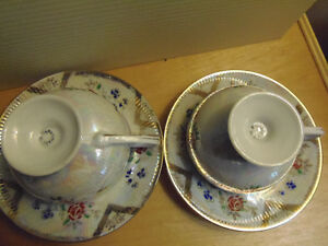 Bone China Tea Cups & Saucers, Exquisite! Lovely! Collectible! London Ontario image 8