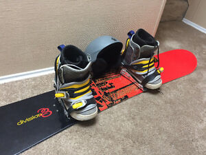 **New Price** Division 23 Snowboard - Package!