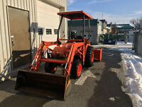 Kubota B21 Backhoe Loader/pépine