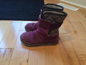 Sorel boots for a girl London Ontario image 1