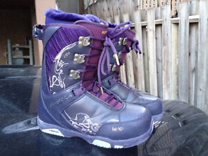 HEAD womens snowboard boots size 10