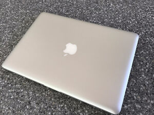 Apple MacBook Pro Core i5 2.3GHz 4GB 320GB 13.3""