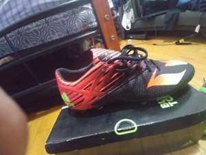 Adidas messi soulier soccer