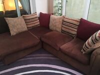 Corner sofa with matching 3 seater settee.
