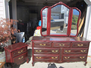 Mirrored hutch and bedside cabinet