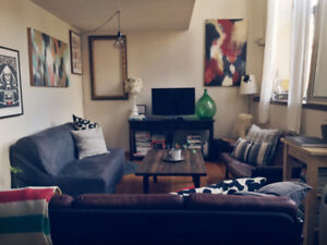 2 Bedroom Apt - downtown Kingston - 3 months January 1-March 31