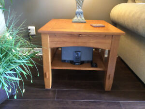 Oak Coffee Table with 2 Matching End Tables