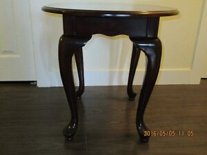 Nice looking end table