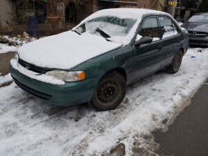 Toyota corolla 2000. 130000 km