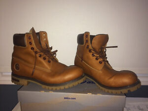 Men's Timberland boot size 9.5
