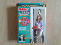 Magic Mesh Hands - Free Screen Door