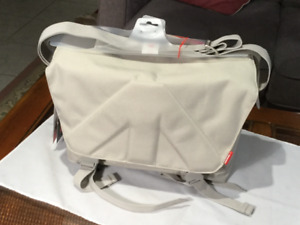 Manfroto Allegra 30 Messenger Style Camera bag New Italy