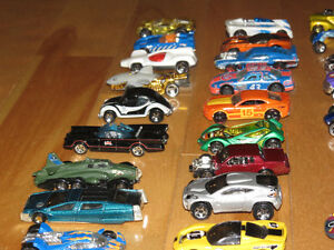 Lot #2- 30 Hot Wheels Cars Peterborough Peterborough Area image 5