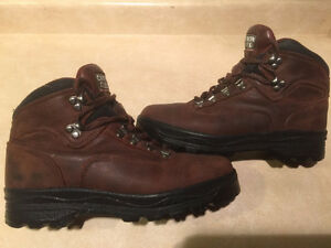 Men's Canyon Creek Hiking Boots Size 8