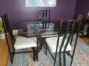 6d9e28726eac Glass Dining Room Table and 4 chairs