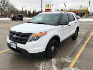 2014 Ford Explorer automatic all wheel drive big cargo