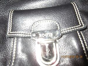 Roots real leather purse London Ontario image 2
