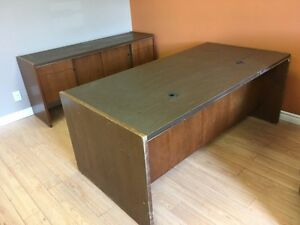 Office desk - Free, come get it!