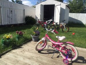 Girls pink bike!! with guide wheels!