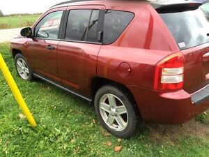 2007 Jeep Compass no rust at all !!